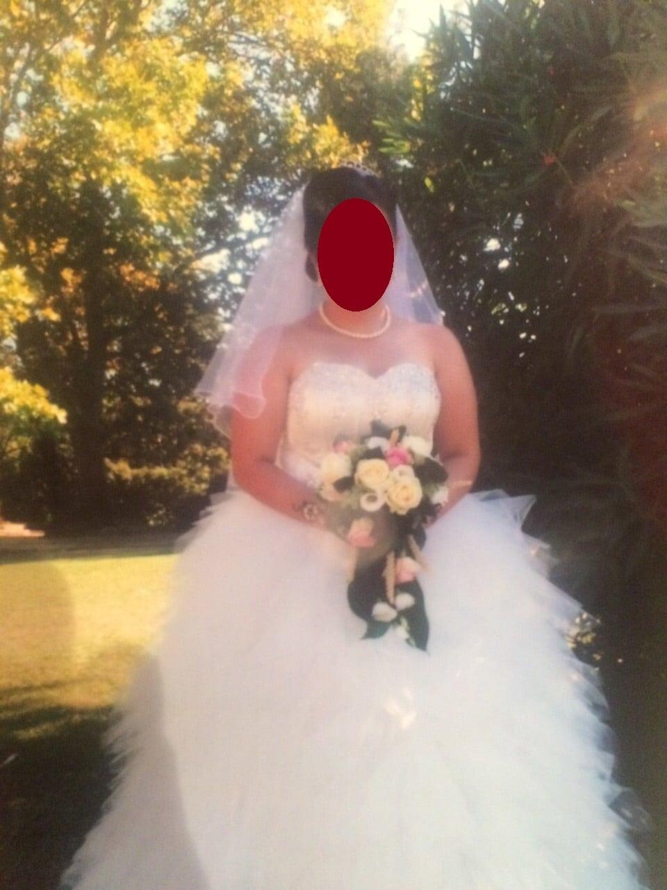 Robe de mariée avec son voile