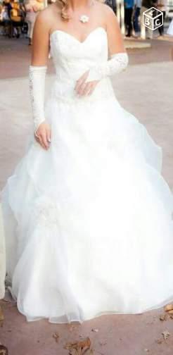 Jolie robe de mariée ivoire Taille 36/38