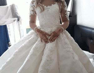 Une superbe belle robe de mariée