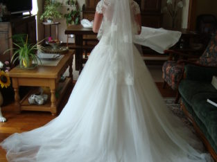 Vente robe mariée jupon et voile