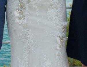 Robe dentelle blanche et tissu gris T38