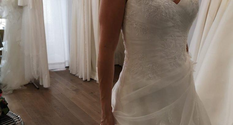 Robe de mariée neuve jamais portée, sans retouche